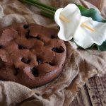 Tarta de chocolate, ciruelas y coñac