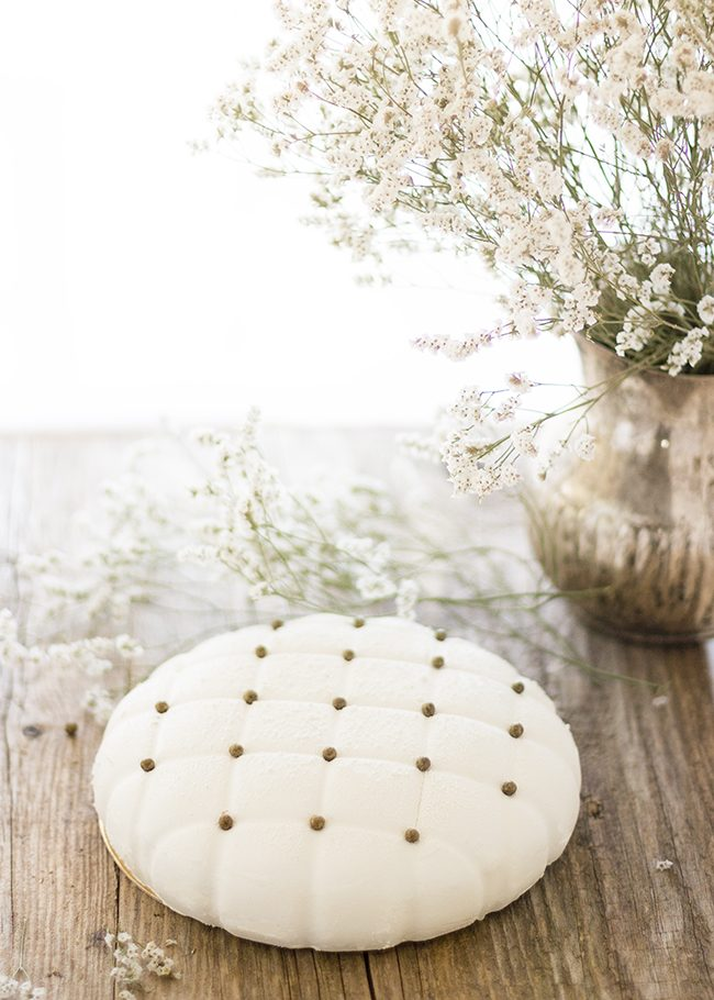 Tarta de vainilla y caramelo salado
